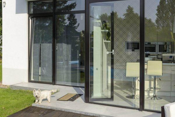 aluminium fönster equality fönster produkter hållbarhet halmstad svarvaregatan kulörer färg